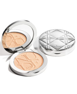 "<a href=""/brand/dior/""><strong>DIOR</strong> </a><br /> DiorSkin Nude Air Powder Image"